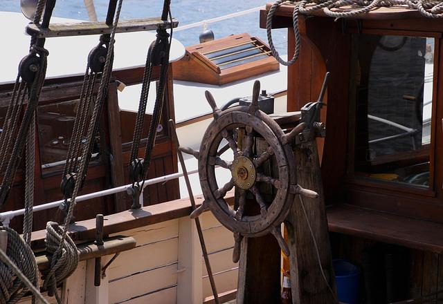 yacht_mast