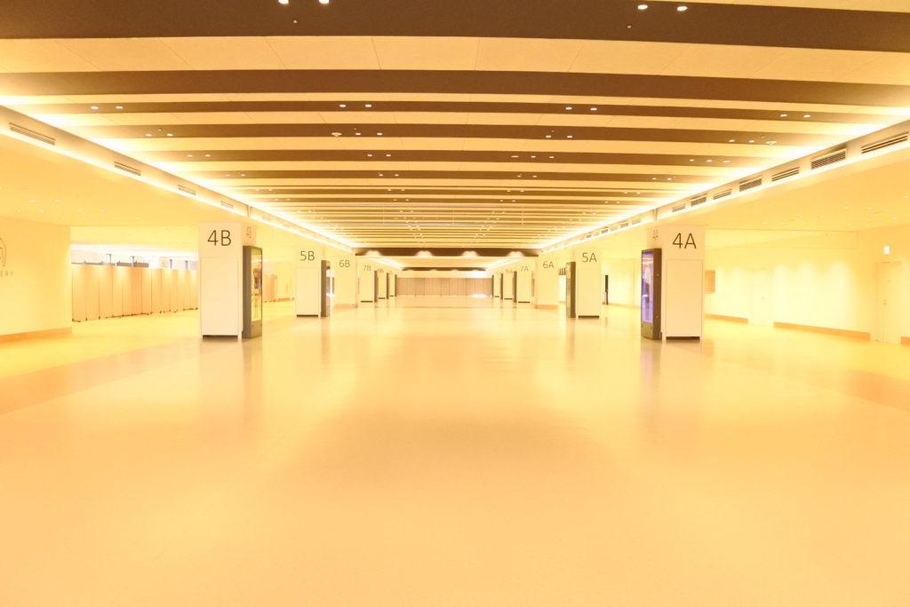 東京国際クルーズターミナル内部